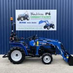 solis compact tractor 20 with loader and bucket